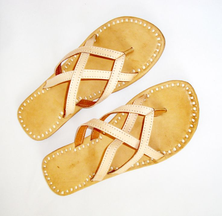 HANDSTICH LEATHER SLIPPERS, Women Mojari Flip Flops Flats handmade vintage slippers african old retro bohemian style shoes,leather slippers by BONJOURstore on Etsy https://www.etsy.com/listing/201231198/handstich-leather-slippers-women-mojari