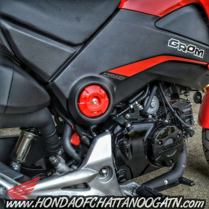2015 Honda Grom Motorcycle Pictures / Videos / Specs at Honda of Chattanooga online. Check out Honda Sport Bike Models at www.HondaofChattanoogaTN.com