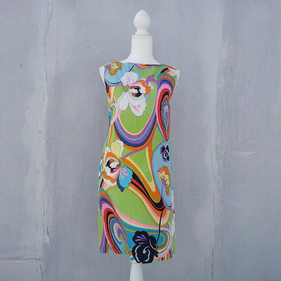 60s Green Psychedelic Floral Shift Dress Vintage Med Cotton Sundress Summer Festival Mod Pop Art Peter Max Pucci style Multicolor Day Dress
