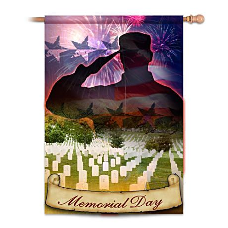 Our first-ever Memorial Day decorative flag pays tribute to America's fallen soldiers. Waterproof polyester, fade resistant and machine washable.