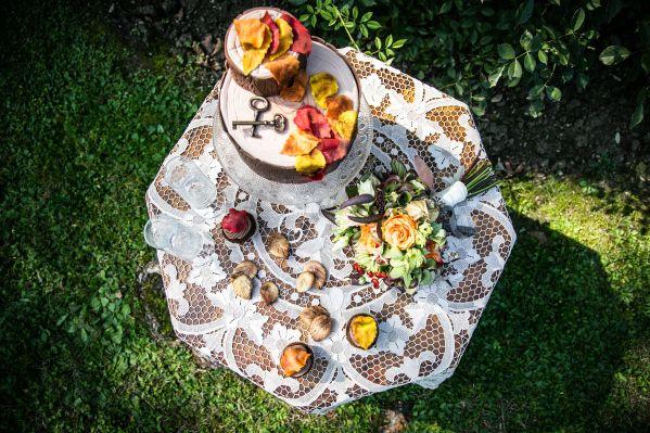 SECRET GARDEN - wedding cake;  wedding inspiration - photo shoot;  Planning: un Cucno di Felicità©; Photo Matteo Vitagliano©.