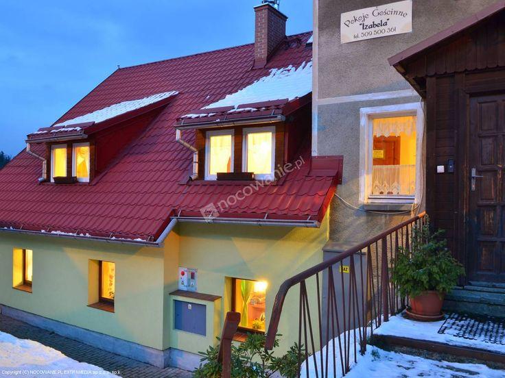 Pokoje Gościnne Izabela to sprawdzony obiekt ze Szklarskiej Poręby oferujący m.in.: parking, plac zabaw dla dzieci, grill. Więcej na: http://www.nocowanie.pl/noclegi/szklarska_poreba/kwatery_i_pokoje/86308/