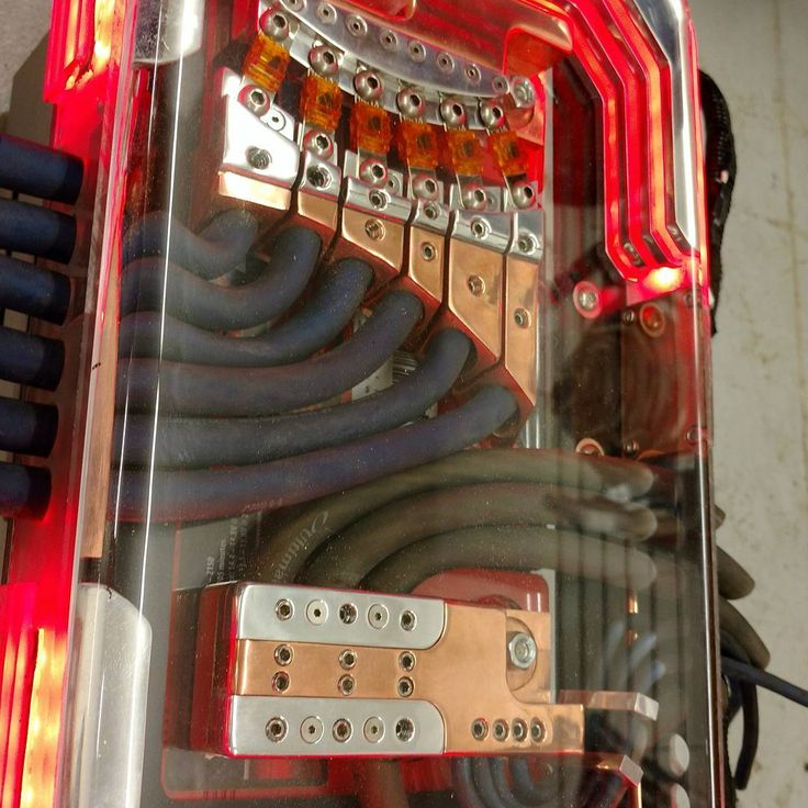 custom car audio power distribution, plexiglass billet, leds copper, fuse block