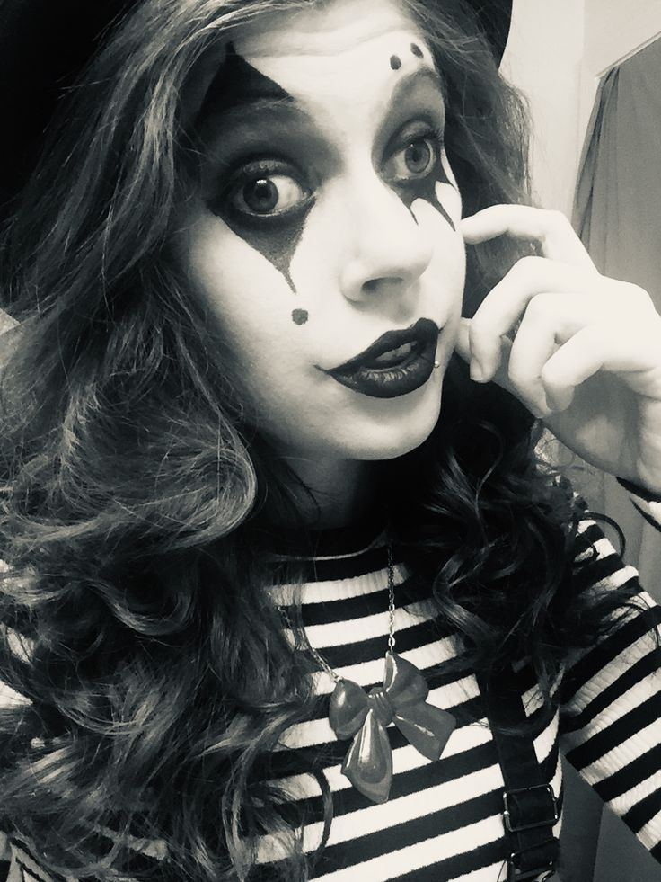 Idea by Willow on Tiktok OCs Halloween face, Face makeup