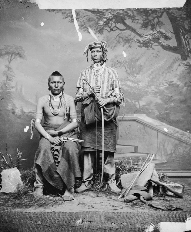 hindu single men in otoe The otoe-missouria tribe of indians is a single otoe indian, and chief of the otoe-missouria men's moccasins, ca 1880.