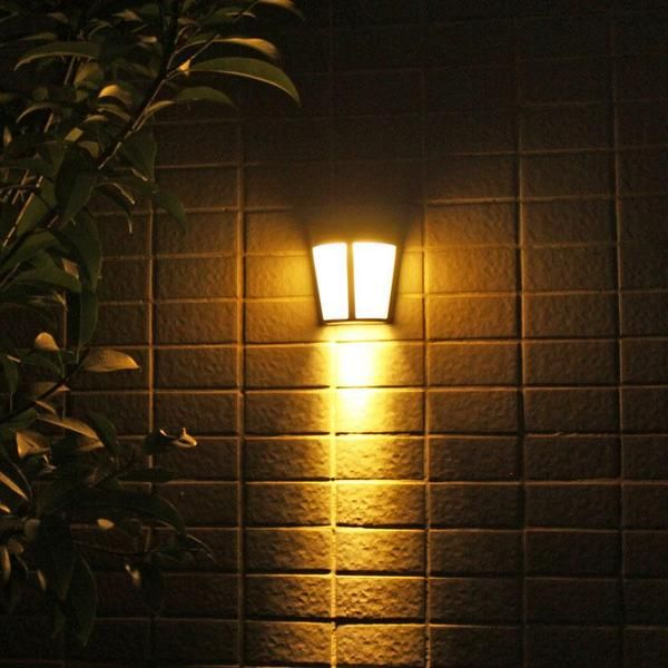 4X Outdoor LED Solar Powered Wall Mount Light Garden Path Fence Courtyard Lamp