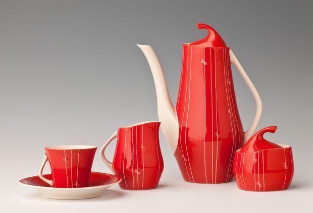 """Serwis do kawy """"Iza"""", model z 1959. Projekt: Józef Wrzesień. Chodzież"""