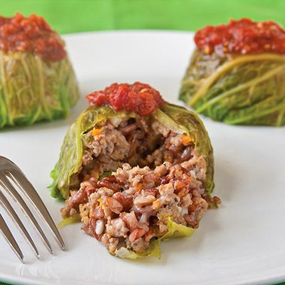 Make these quick and healthy Chicken-Rice Cabbage Rolls - in a baking tin! #healthyrecipes #recipes #everydayhealth | everydayhealth.com