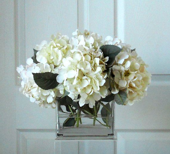 17 Best Ideas About White Floral Arrangements On Pinterest: Best 25+ Hydrangea Arrangements Ideas On Pinterest