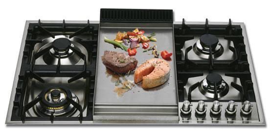 ILVE ,  estufa empotrables , con Fry Top incluido  para hacer comidas a la plancha