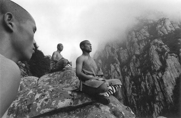 3 πιστεύω των Σαολίν μοναχών που θα σας κάνουν πιο ευτυχισμένους