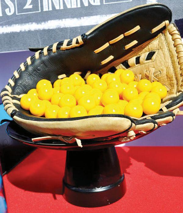 Slammin' Softball Birthday {Tween Party} // Hostess with the Mostess®