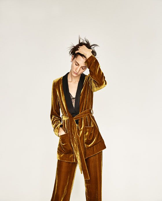 8aae7cc2 ZARA - SALE - VELVET TROUSERS   My closet   Velvet suit, Gold velvet ...