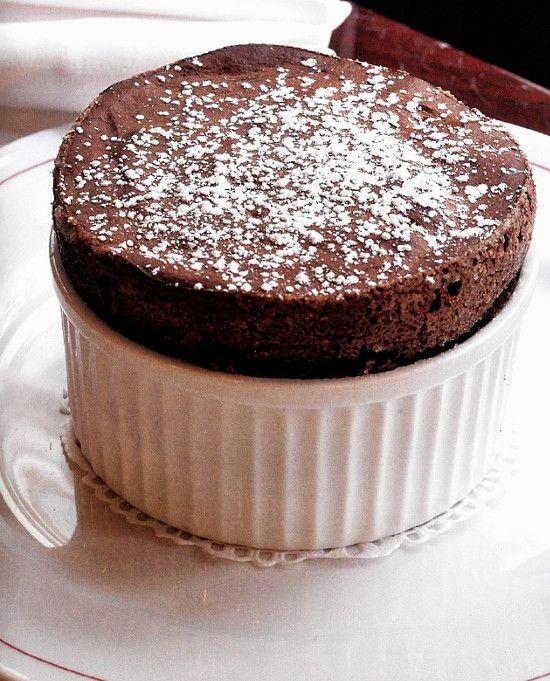"""Suflê de chocolate, imagem de """"Receitas de Bistrô"""""""