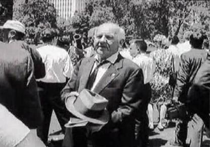 Mickey Rooney at Marilyn Monroe's Funeral. 8-8-62