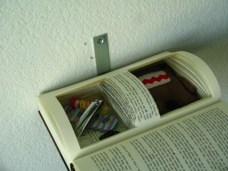 How to make a wall shelf. Floating Book Shelf - Step 10