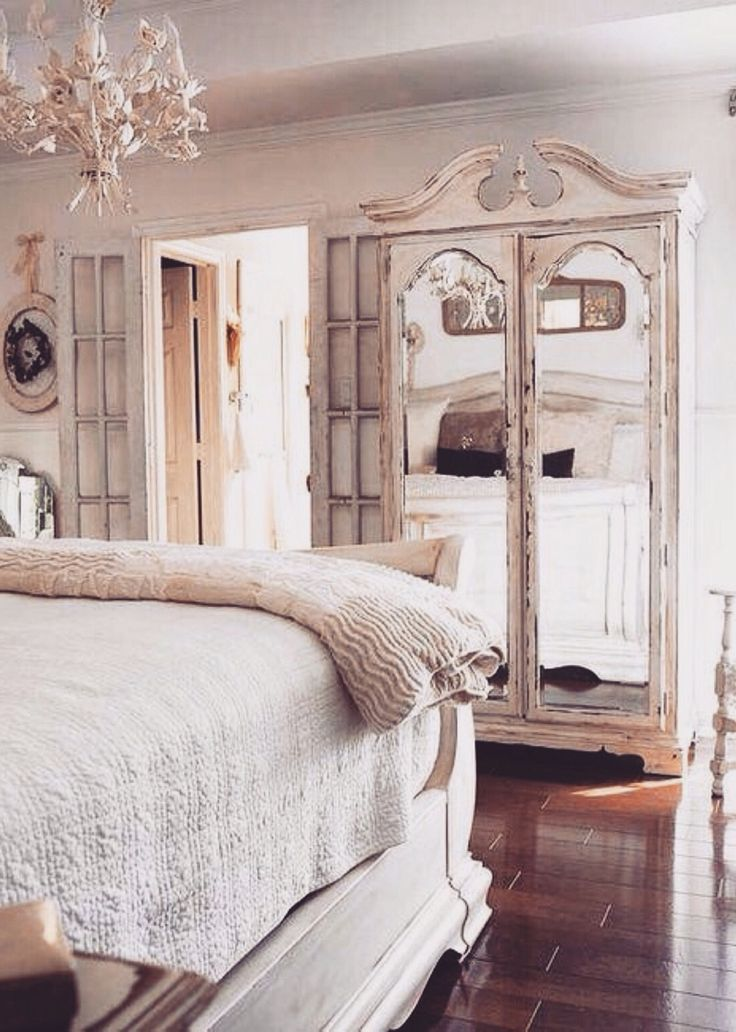 Best 25+ Glamorous bedrooms ideas on Pinterest | Silver ...