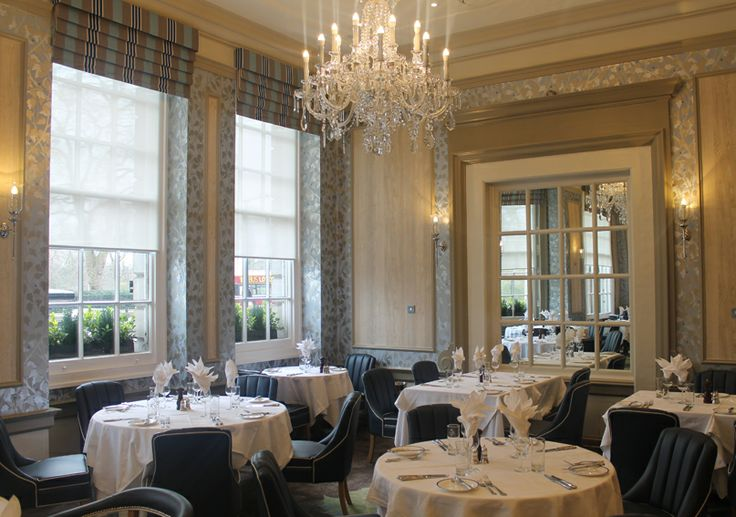 The Dining Room, with views over Green Park