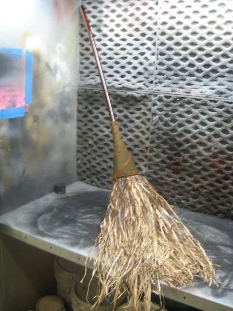 How to turn an ordinary broom into a deluxe witches broom like the one in Wizard of Oz