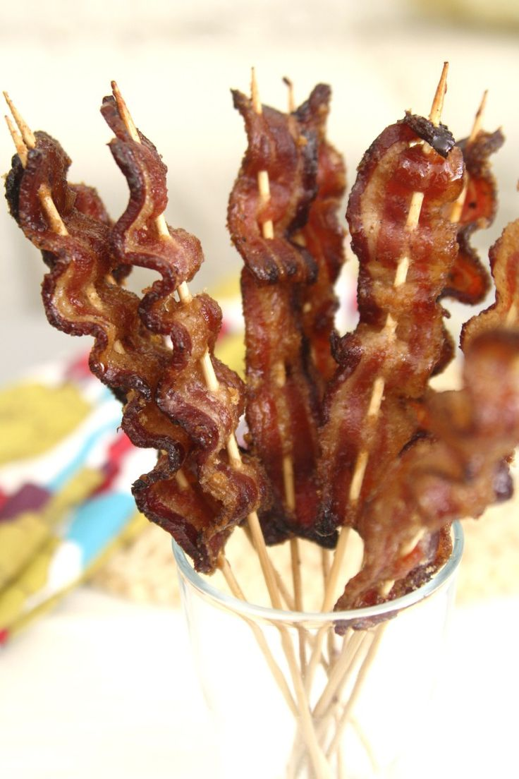 Crispy sweet and savory thick cut bacon in skewers make for an indulgent treat.  Great for topping pancakes and french toasts too! I think it's no secret that I'm a bacon aficionado. I love to crea…