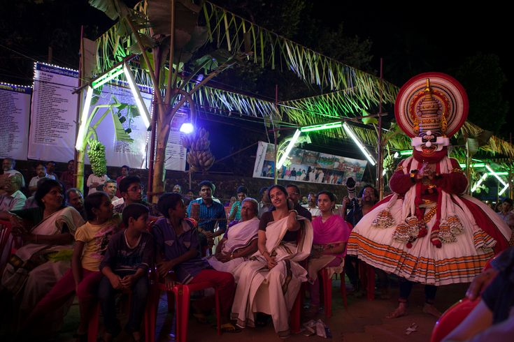 Kathakali Dance, in India, With the Locals - NYTimes.com