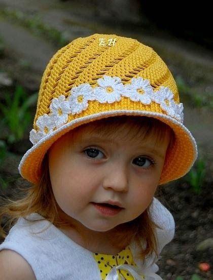 Encantador Los Patrones De Crochet Las Gorritas Bebé Imágenes ...