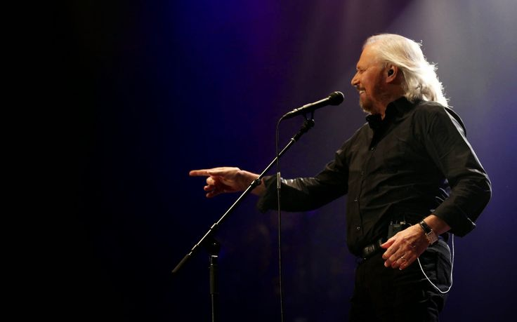 Chicago and Then Some: Concert Review: Barry Gibb - The Mythology Tour (B...
