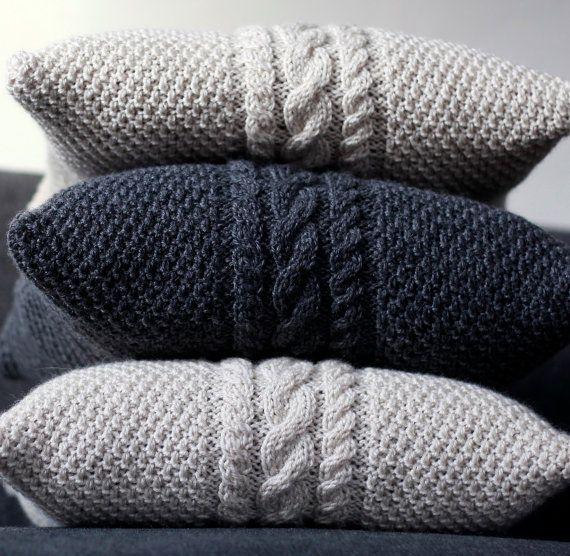 Batman Cushion Knitting Pattern : Mas de 1000 ideas sobre Barba De Ganchillo en Pinterest Gorro Con Barba De ...