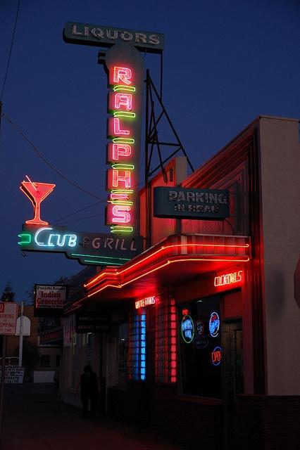 Ralph's #neon, 444 E. 11th St., Tracy, CA