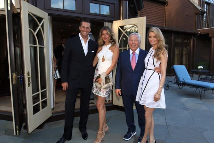 Tom and Gisele, Bob and Girlfriend #Ringceremony #2015 #patriots