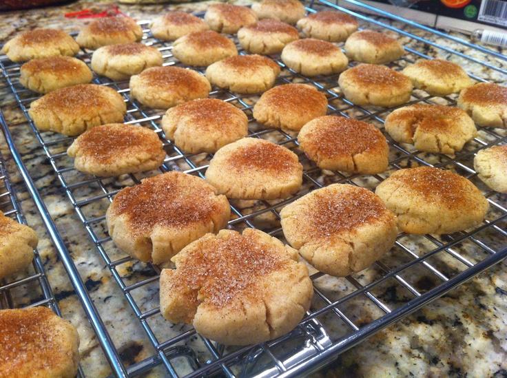 Vanilla bean cinnamon cookies