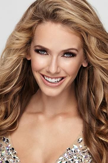 Click to discover the top 10 Miss USA 2015 pageant headshot and find why they are good. In this article we breakdown why these headshots are amazing.