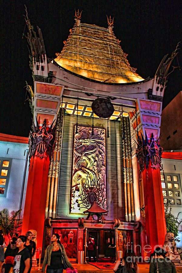 Graumans Chinese Theatre, Hollywood, Los Angeles, California by Tommy Anderson