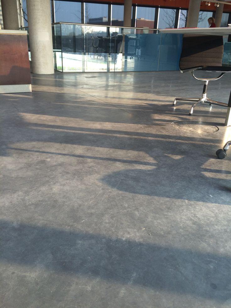 Gevlinderde betonvloer 3% zwart Heten Kolen Groningen