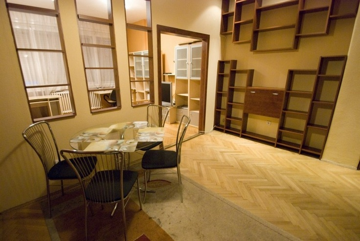 Another great apartment of our range, in Galamb Street, close to Danube River! See all the pictures on altracasakft.com