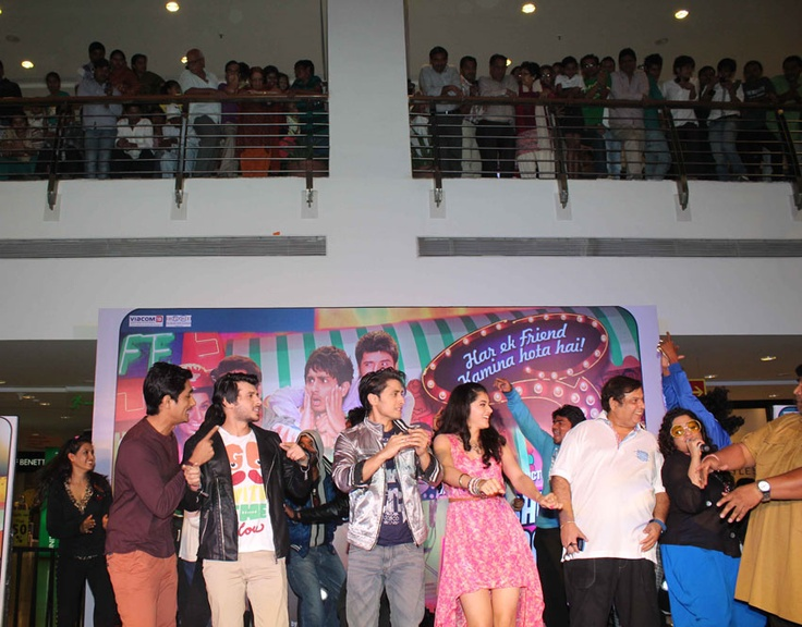 The team of Chashme Baddoor jiving at the music of the movie