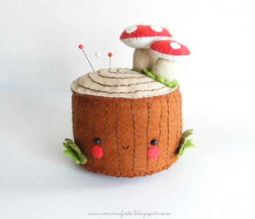 Guest Post: Felt Tree Stump Pincushion Tutorial - Bugs and Fishes by Lupin