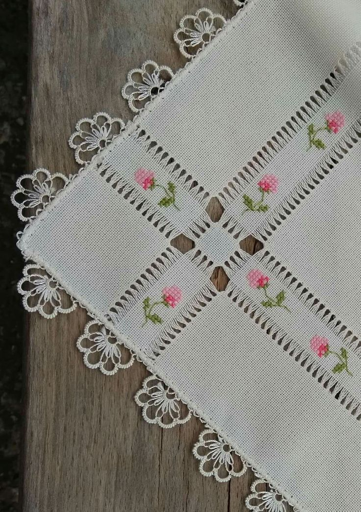Roses Cross Stitch Tablecloth with Pulled Thread Work & Tatting ....