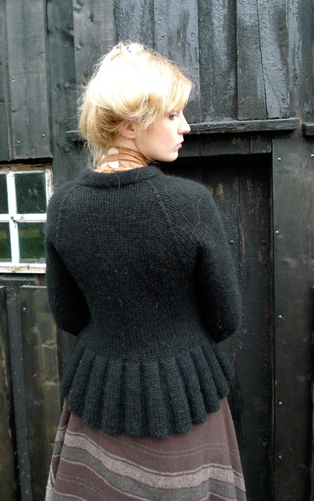 Old fashioned sweater in a modern way The frill at the bottom is lovely, perhaps for a skirt?