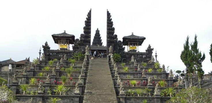 Бесаких,  экскурсии на бали, бали экскурсии, экскурсии бали, экскурсии на бали цены, экскурсия бали, экскурсия на бали, стоимость экскурсий на бали, остров бали экскурсии, экскурсии бали индонезия, экскурсии на острове бали, экскурсии по индонезии, отдых на бали экскурсии, бали ява экскурсии, трансфер на бали, бали, серфинг, дайвинг, круизы, рафтинг, рыбалка, сафари парк, сафари на бали,  экскурсии на комодо и флорес  http://balilive.ru/excursions/besakih-3.html