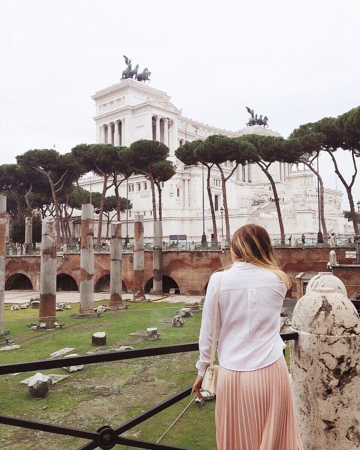 Volver🤞🏻✨ #STOPCOMPLAININGIDO #tbt2016 #tbt #travel #europe #europa #amazing #Italy #landscape