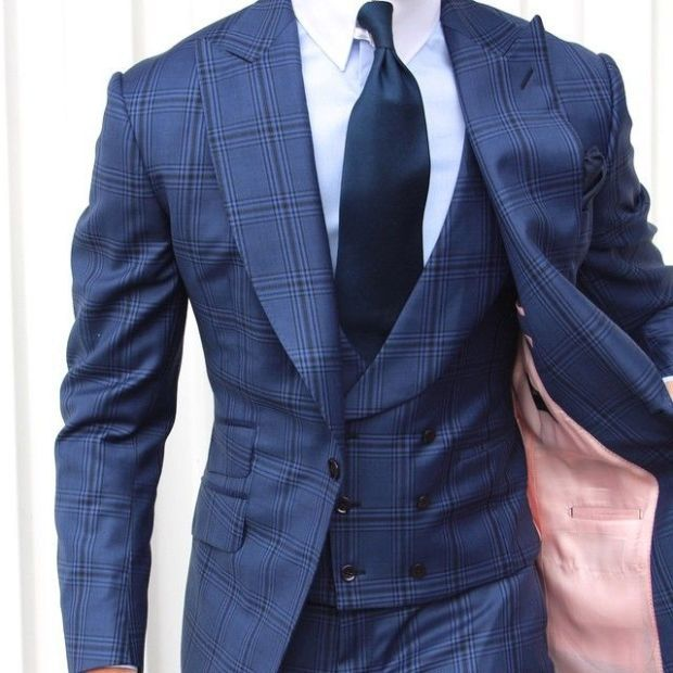 Signature of master tailor made piece is written all over this, but hidden to the inexperienced eye.