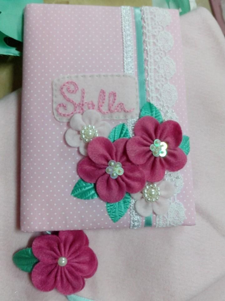 Caderno de Maternidade  Trabalho feito por Alessandra Savazza.