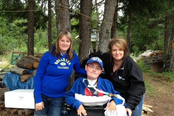 Fundraiser to buy a wheelchair van on GoFundMe - $1,401 raised by 15 people in 2 days.