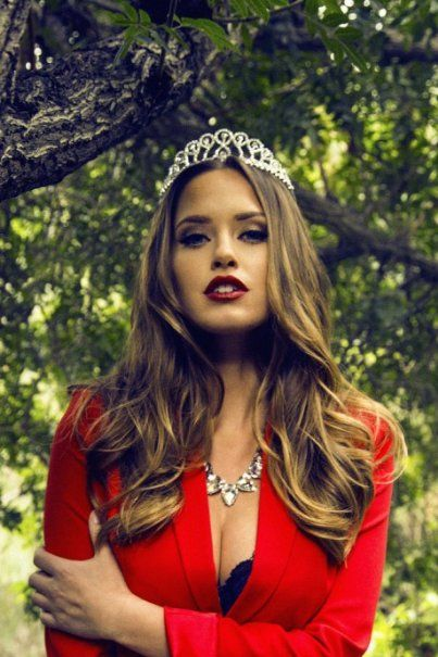 Merritt patterson as wendy wood wendy wood pinterest for Patterson woods