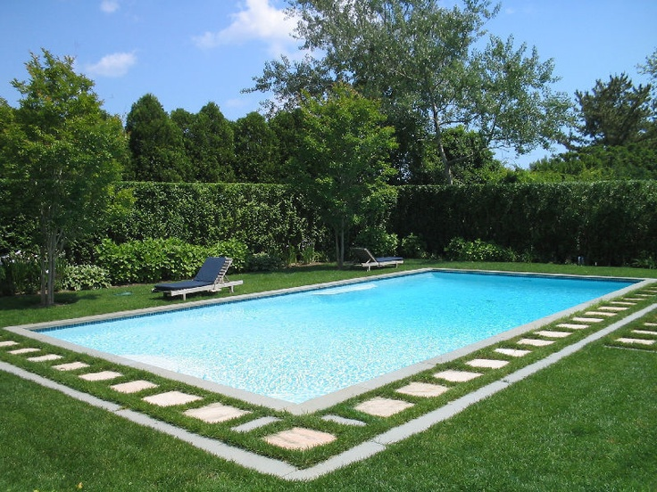 East hampton pool with pretty surround to dive for for Pool design hamptons