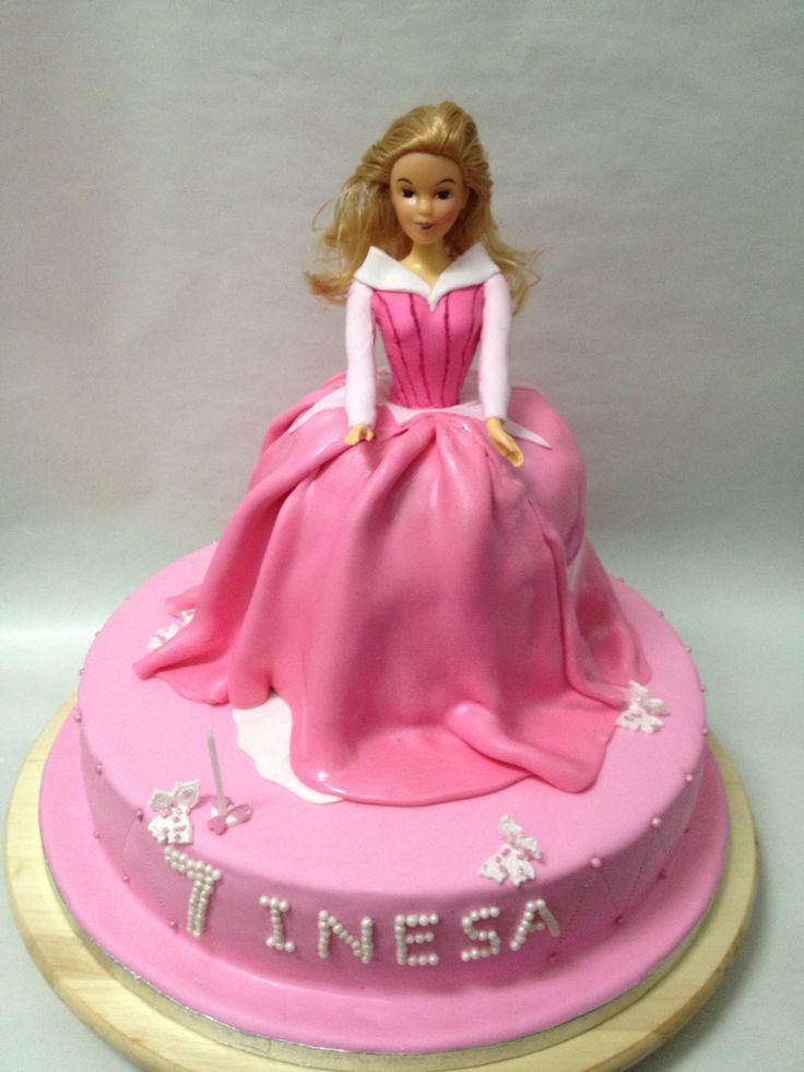 Princess Aurora Cake Design : Princess Aurora cake FONDANT CAKES Pinterest ...
