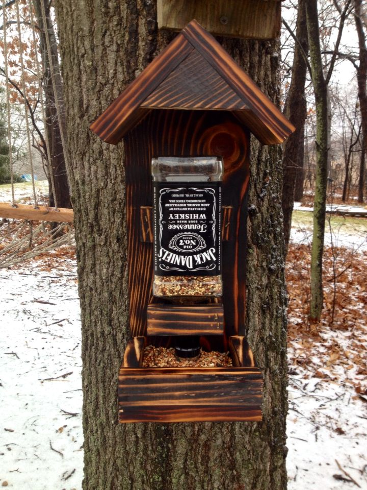 Jack Daniels bird feeder whiskey bottle bird feeder