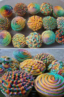 Rainbow cupcakes www.missdinkles.com