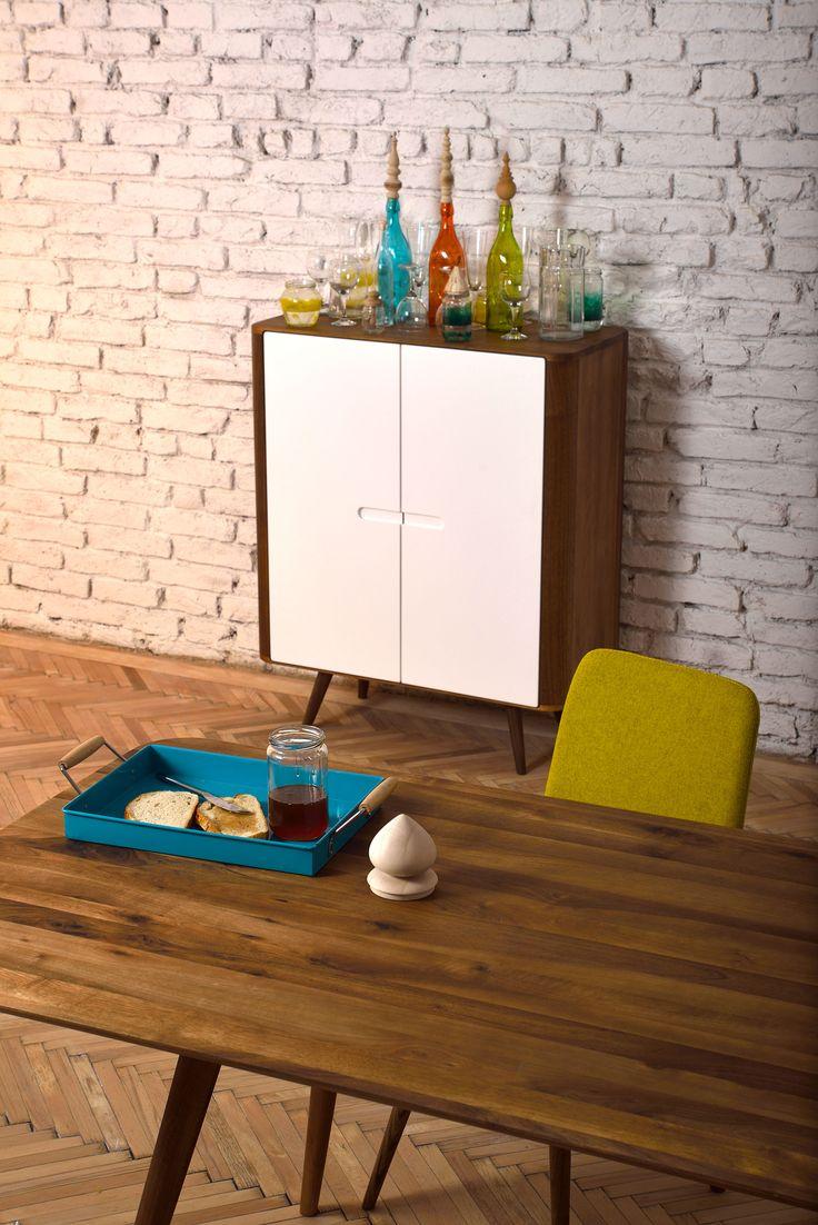 http://www.woonn.nl/home Deze te gekke stoelen binnenkort ook bij Woonn in allerlei verschillende soorten kleuren !